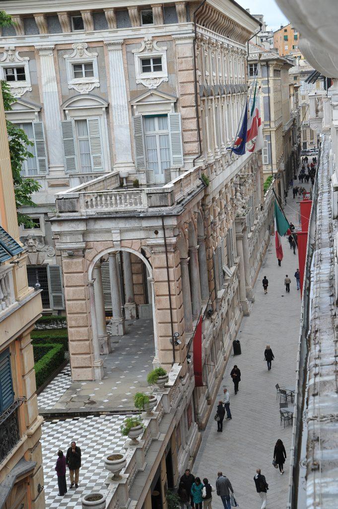 Via GaribaldiCredit Ufficio stampa Genova
